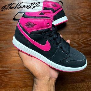 Air Jordan 1 Mid Youth Size 2Y